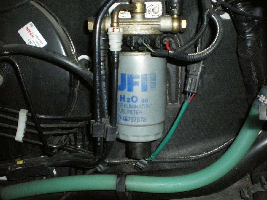 remplacement filtre gazole sur Fiat 2,8 JTD - Fiat - Ducato ...
