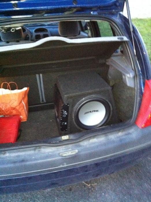 branchement de la remote sur autoradio equipement et confort auto evasion forum auto. Black Bedroom Furniture Sets. Home Design Ideas