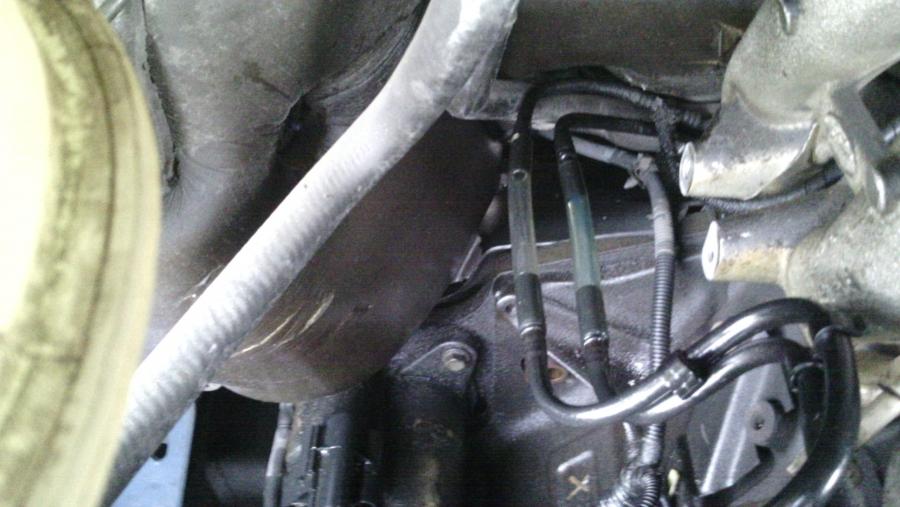Ford Transit Connect >> fuite au niveau du filtre a gasoil - Ford - Transit ...