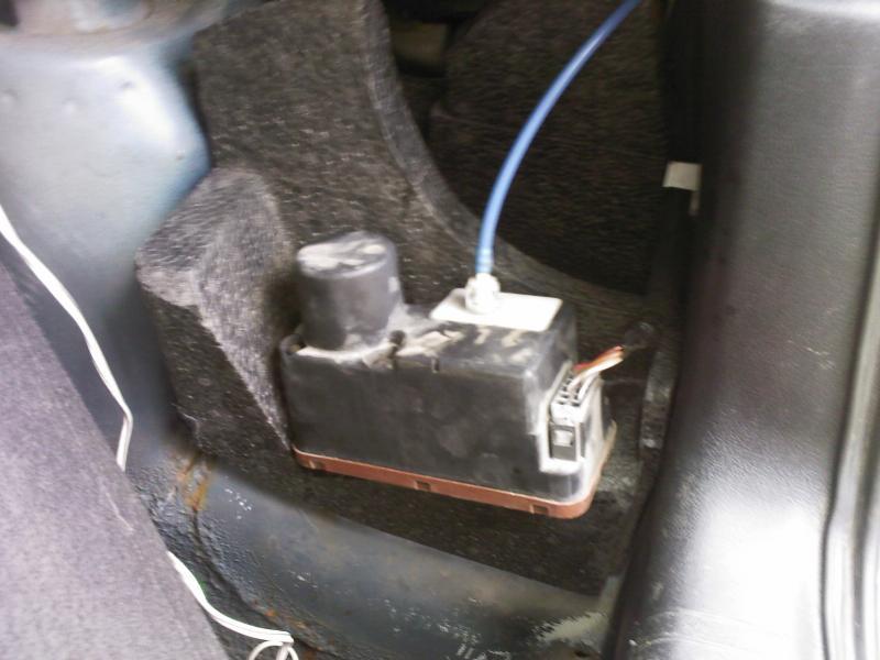 Pompe moteur verrou centralisation tourne dans le vide - Serrure bloquee cle ne tourne pas ...