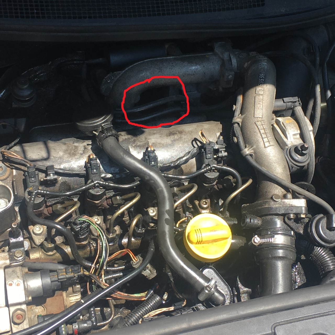 probleme fum e blanche et consommation d 39 huile renault megane 2 diesel auto evasion