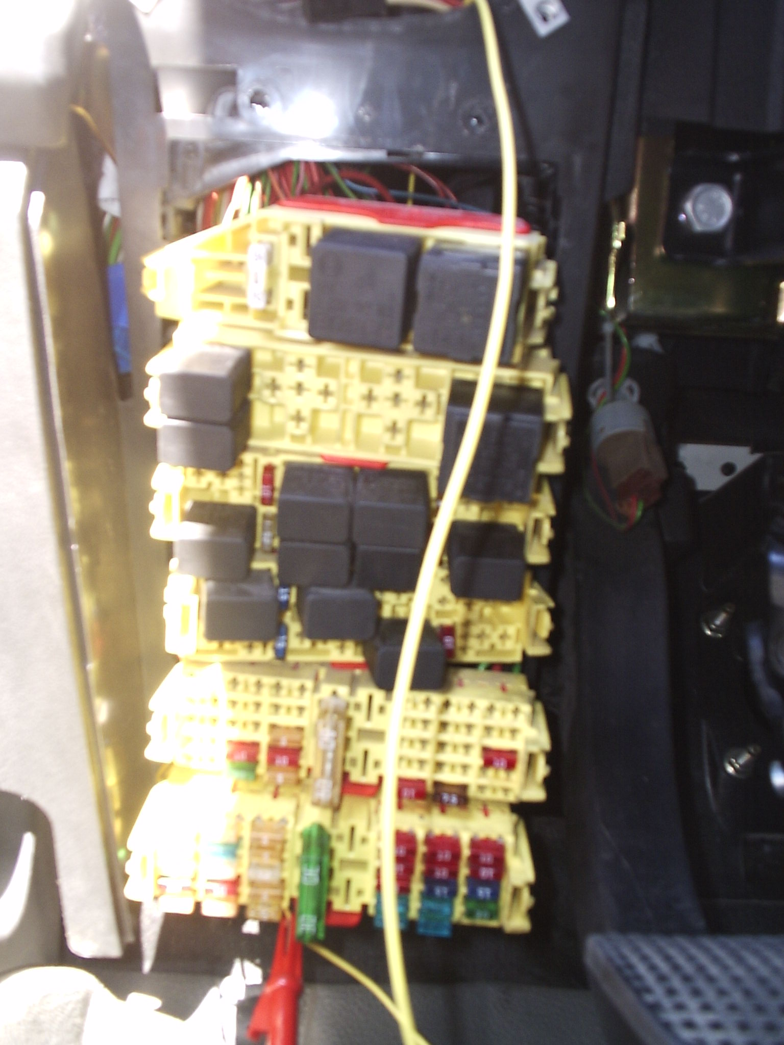 plus d 39 eclairage de tableau de bord et veilleuses hs iveco turbo daily diesel auto. Black Bedroom Furniture Sets. Home Design Ideas