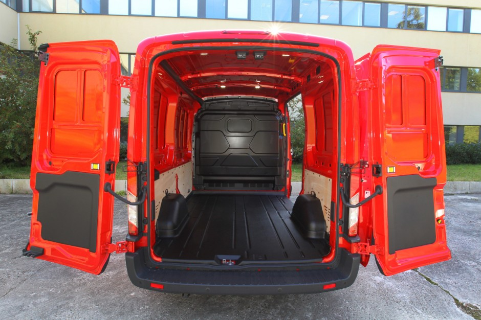le ford transit l 39 essai photo 2 l 39 argus. Black Bedroom Furniture Sets. Home Design Ideas