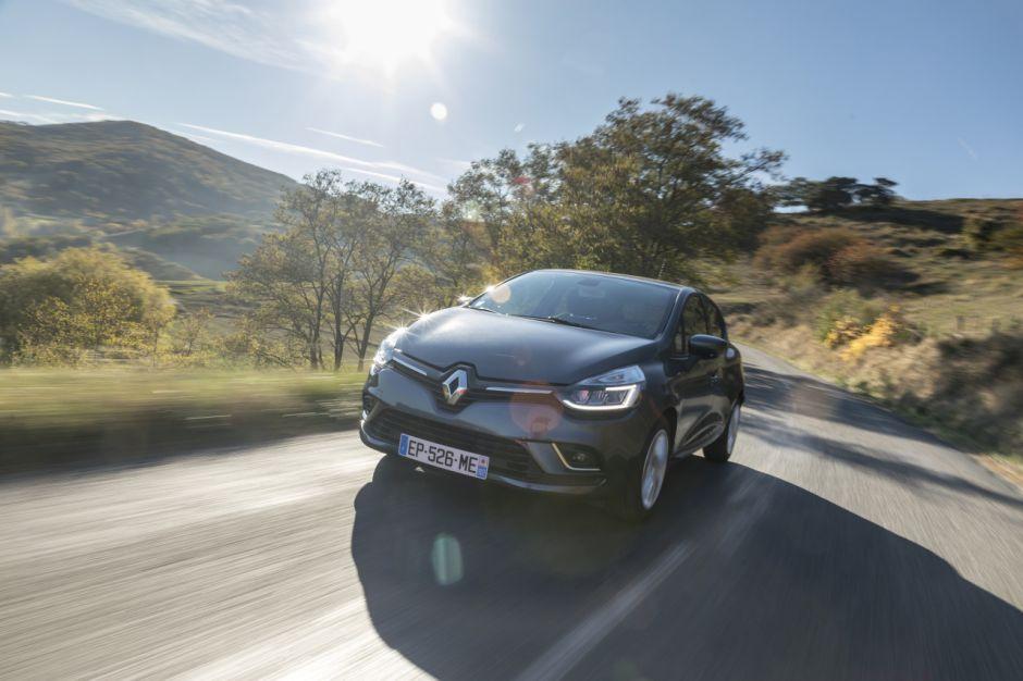 top 30 des voitures les plus vendues en europe 02 renault clio l 39 argus. Black Bedroom Furniture Sets. Home Design Ideas