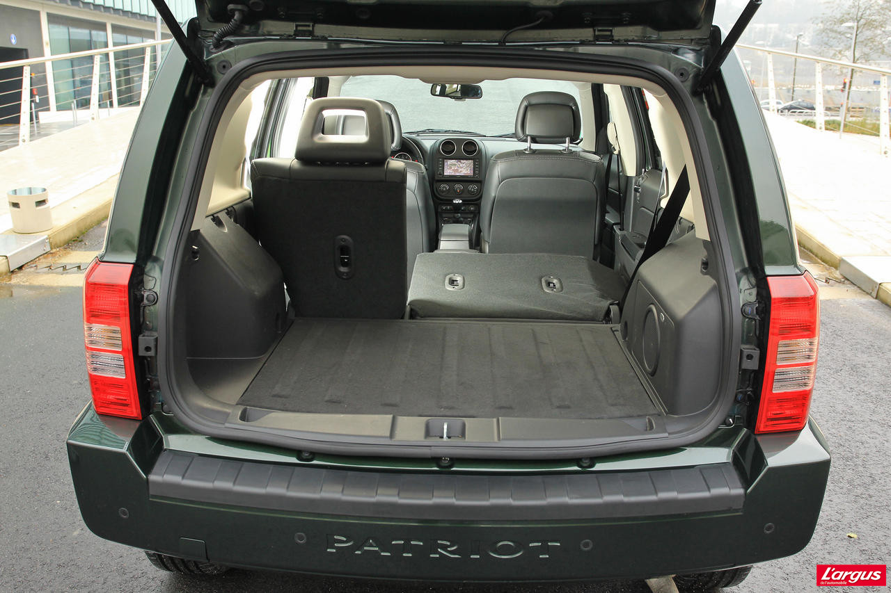 jeep patriot 2 2 crd un nouveau moteur silencieux photo 7 l 39 argus. Black Bedroom Furniture Sets. Home Design Ideas