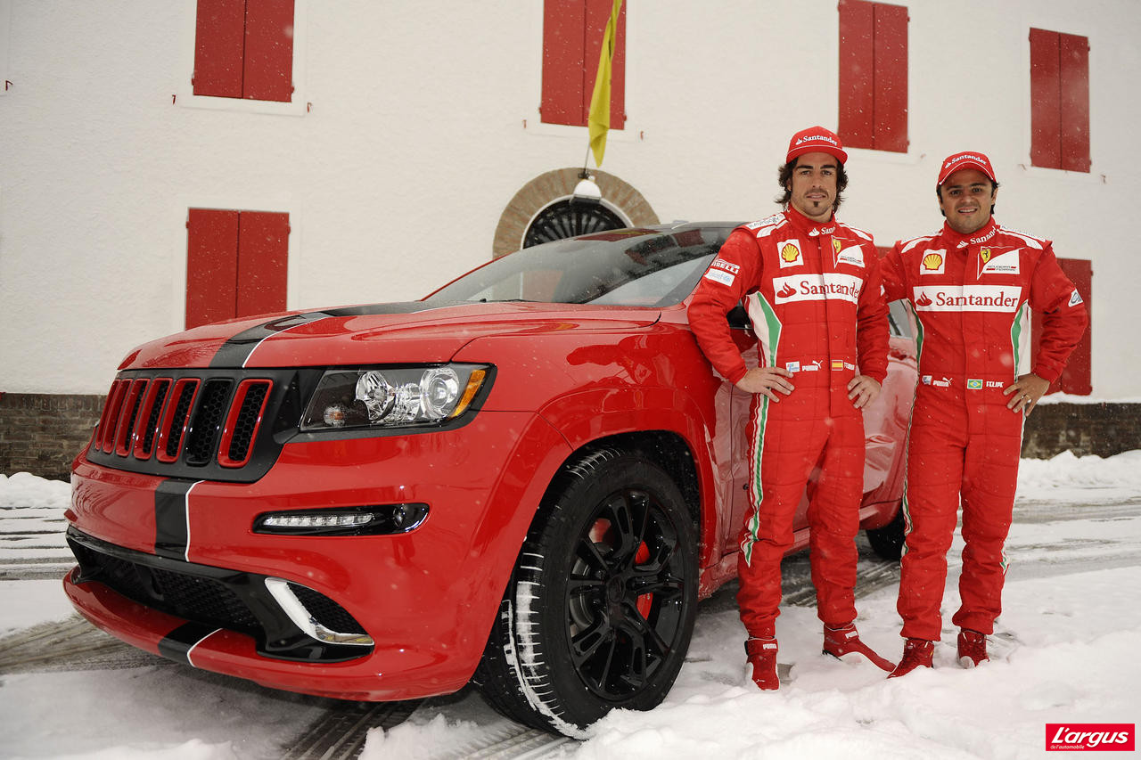 des grand cherokee srt8 rouge ferrari pour alonso et massa. Black Bedroom Furniture Sets. Home Design Ideas