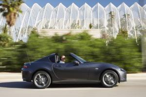 Mazda MX-5 RF : essai de la Miata à toit rigide