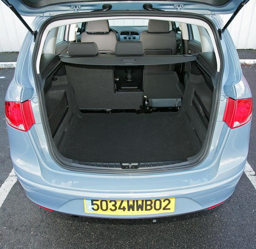 renault grand sc nic 1 5 dci vs seat altea xl 1 9 tdi photo 2 l 39 argus. Black Bedroom Furniture Sets. Home Design Ideas