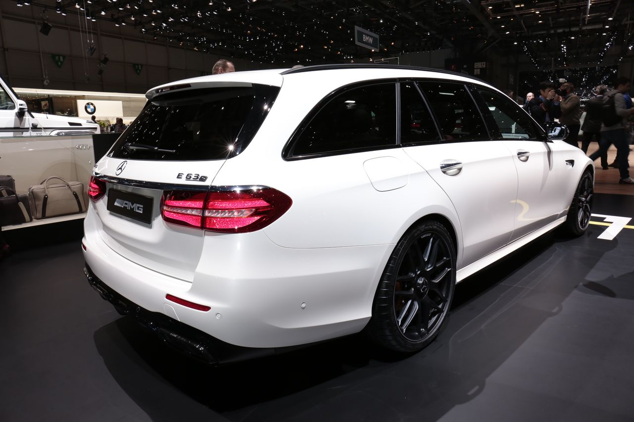 mercedes amg e 63 s break vs audi rs6 avant le match depuis gen ve photo 3 l 39 argus. Black Bedroom Furniture Sets. Home Design Ideas