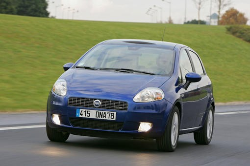 fiat punto face fiat grande punto l 39 argus. Black Bedroom Furniture Sets. Home Design Ideas
