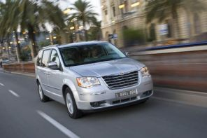 Chrysler Grand Voyageur 2.8 CRD
