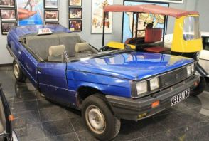 Offrez-vous la Renault 11 de James Bond