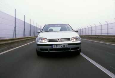 bilan 10 ans volkswagen golf iv l 39 argus. Black Bedroom Furniture Sets. Home Design Ideas