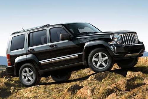jeep cherokee face land rover freelander l 39 argus. Black Bedroom Furniture Sets. Home Design Ideas