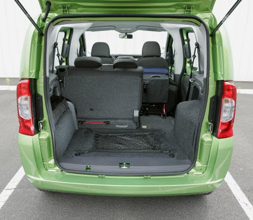 fiat fiorino qubo photo 2 l 39 argus. Black Bedroom Furniture Sets. Home Design Ideas