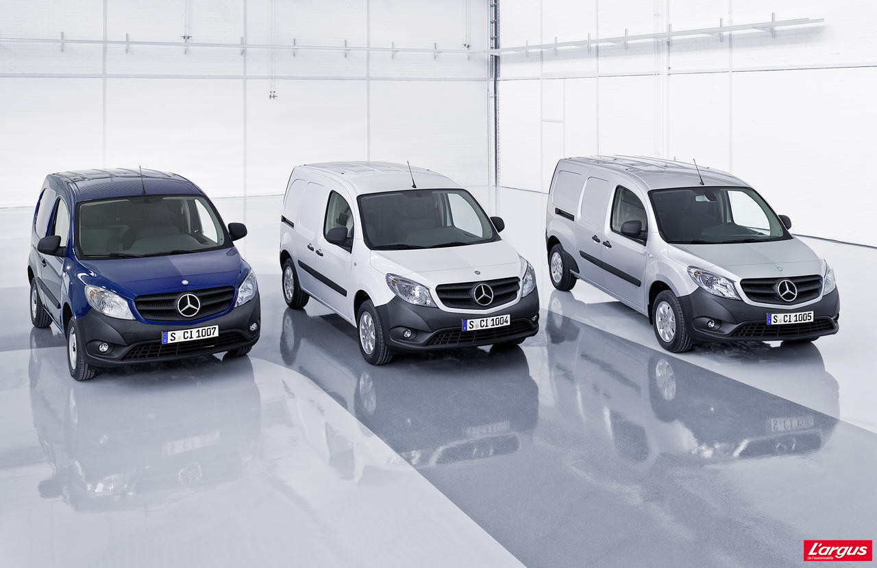 mercedes citan la famille utilitaire est compl te photo 8 l 39 argus. Black Bedroom Furniture Sets. Home Design Ideas