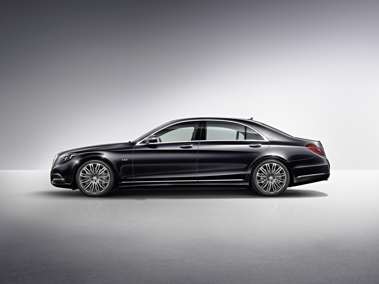 mercedes s600 2014 v12 bi turbo sous le capot l 39 argus. Black Bedroom Furniture Sets. Home Design Ideas