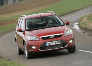 guide d achat ford s max l argus. Black Bedroom Furniture Sets. Home Design Ideas