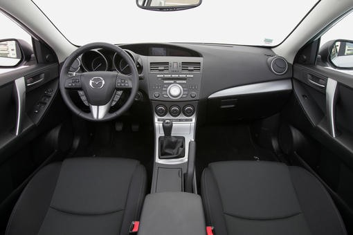 mazda 3 2 0 i stop sport l 39 essence en veil photo 1 l 39 argus. Black Bedroom Furniture Sets. Home Design Ideas