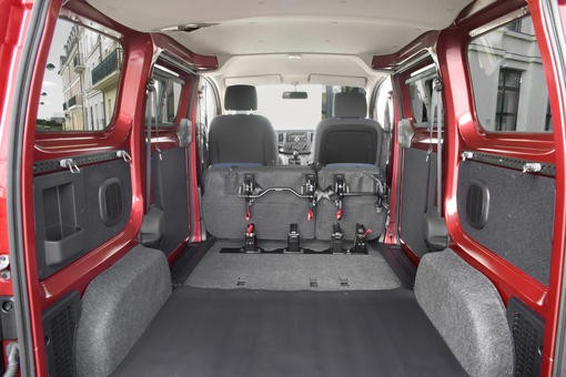 nissan nv200 1 5 dci caract re urbain photo 1 l 39 argus. Black Bedroom Furniture Sets. Home Design Ideas