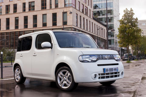 nissan cube la magie de la forme l 39 argus. Black Bedroom Furniture Sets. Home Design Ideas
