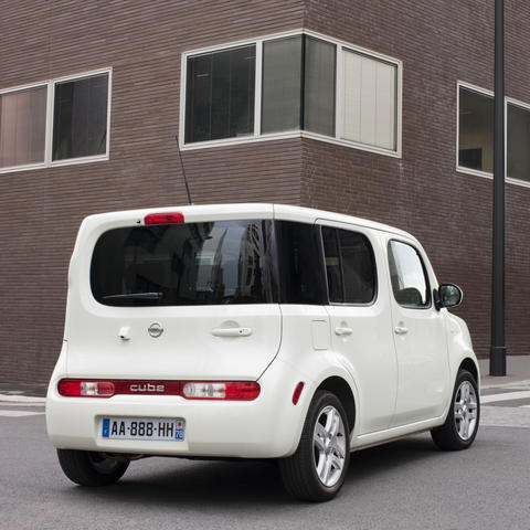 nissan cube la magie de la forme photo 6 l 39 argus. Black Bedroom Furniture Sets. Home Design Ideas