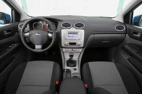 ford focus econetic 1 6 tdci conduite sans soif photo 4 l 39 argus. Black Bedroom Furniture Sets. Home Design Ideas