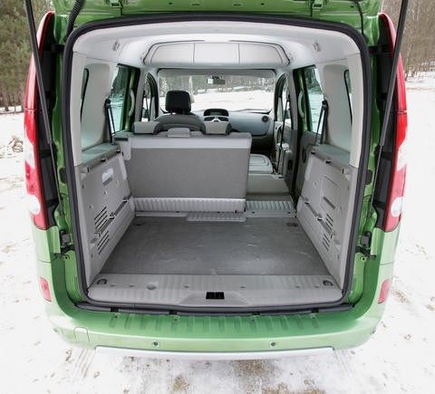 renault kangoo fiat doblo presque des monospaces photo 7 l 39 argus. Black Bedroom Furniture Sets. Home Design Ideas
