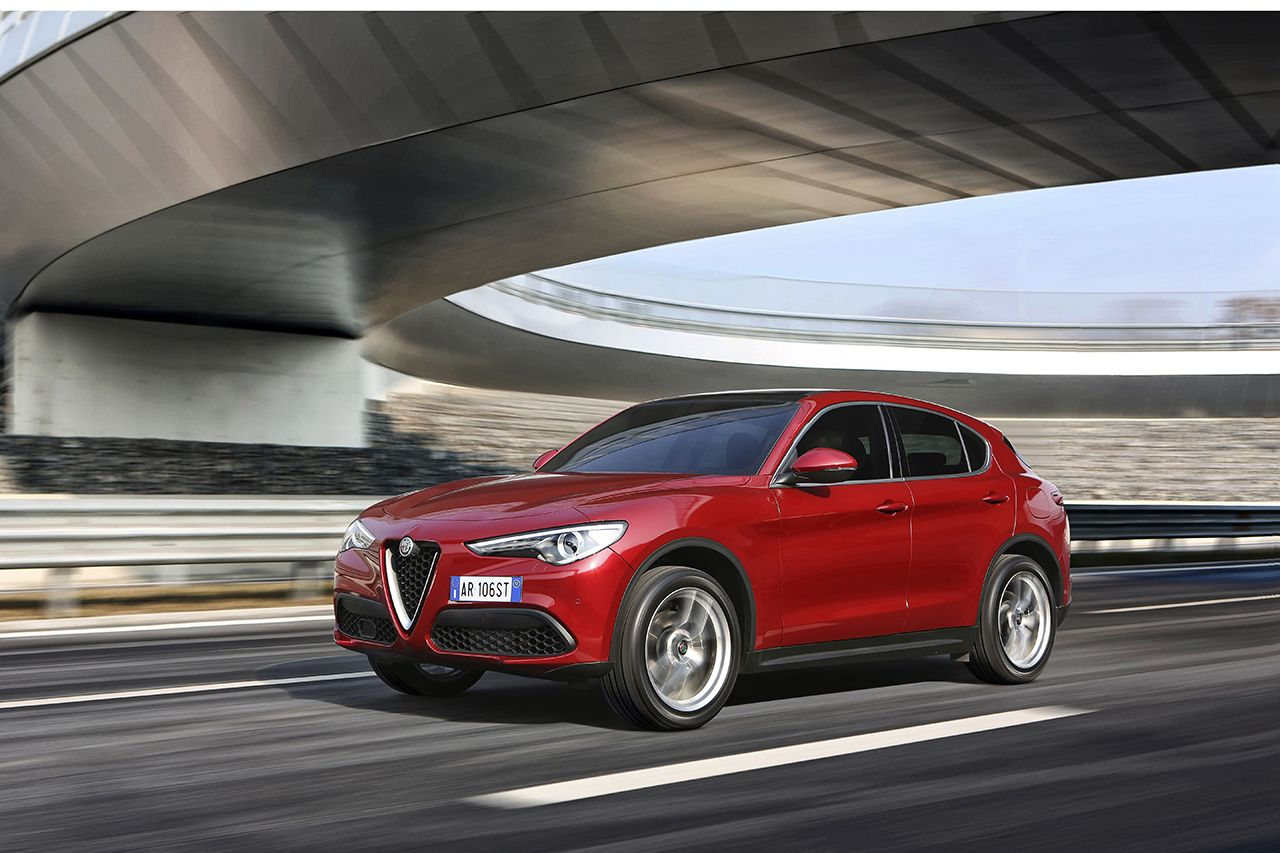 prix alfa romeo stelvio nouvelle version sport edition photo 1 l 39 argus. Black Bedroom Furniture Sets. Home Design Ideas
