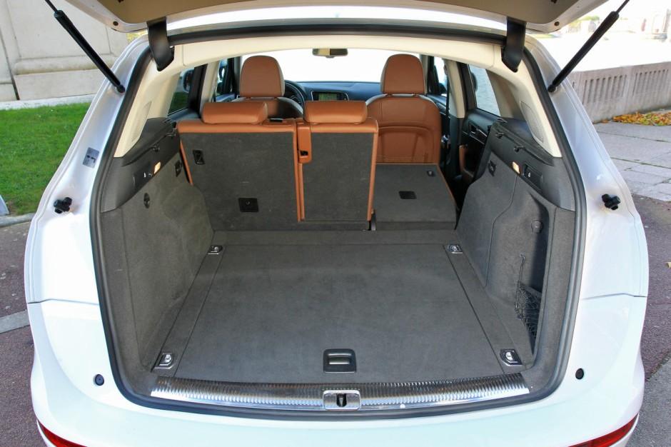 Coffre De Toit Audi Q5 : infiniti ex vs audi q5 deux suv chauff s blanc photo 24 l 39 argus ~ Mglfilm.com Idées de Décoration