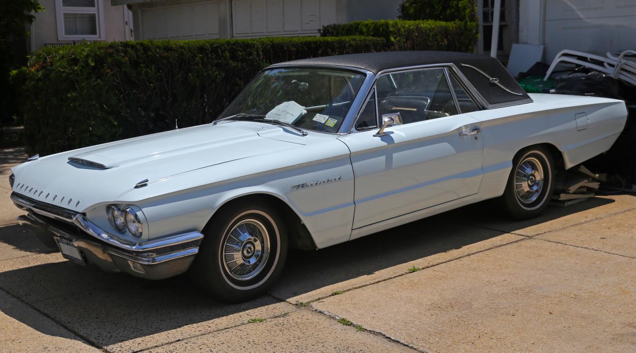 james bond 1962 2015 les meilleures voitures des m chants photo 6 l 39 argus. Black Bedroom Furniture Sets. Home Design Ideas