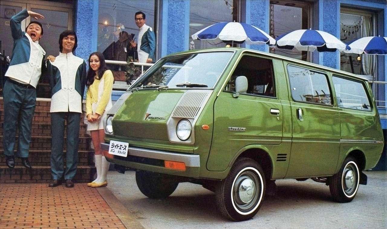 top 50 des voitures les plus moches d 39 hier et d 39 aujourd 39 hui 1973 toyota van m10 l 39 argus. Black Bedroom Furniture Sets. Home Design Ideas