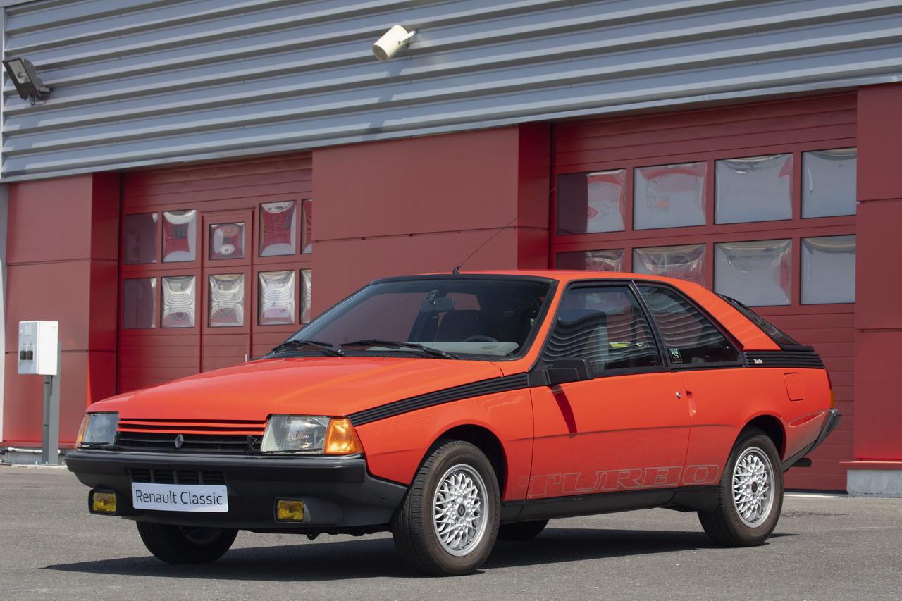 top 50 des voitures les plus moches d 39 hier et d 39 aujourd 39 hui 1986 renault fuego l 39 argus. Black Bedroom Furniture Sets. Home Design Ideas