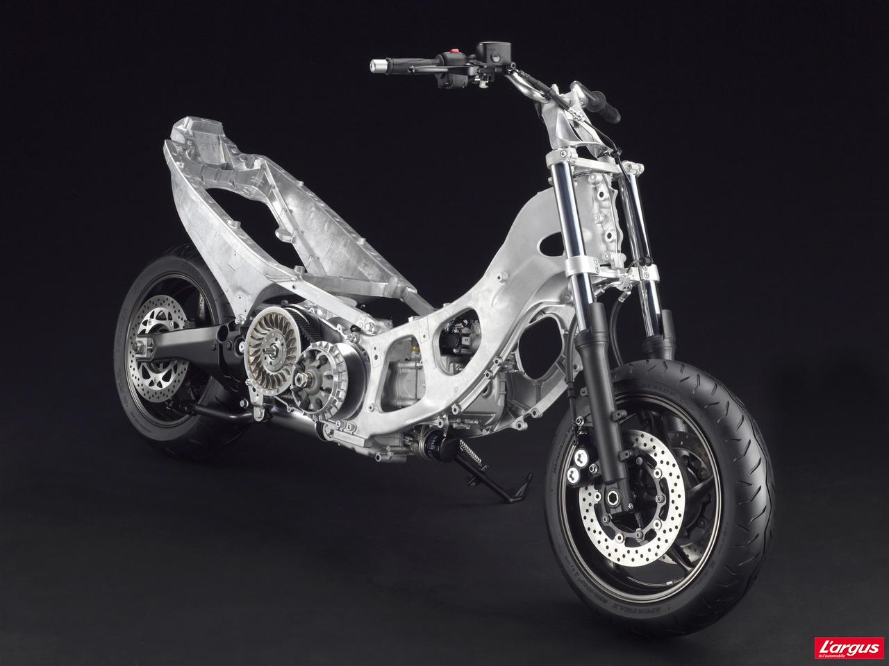 Yamaha 530 T-Max : pour que le règne dure - Photo #9 - L'argus