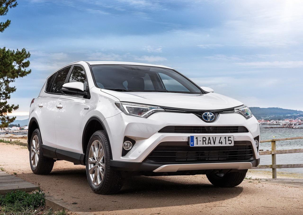 Le Toyota RAV4 est pour la première fois proposé dans une version ...
