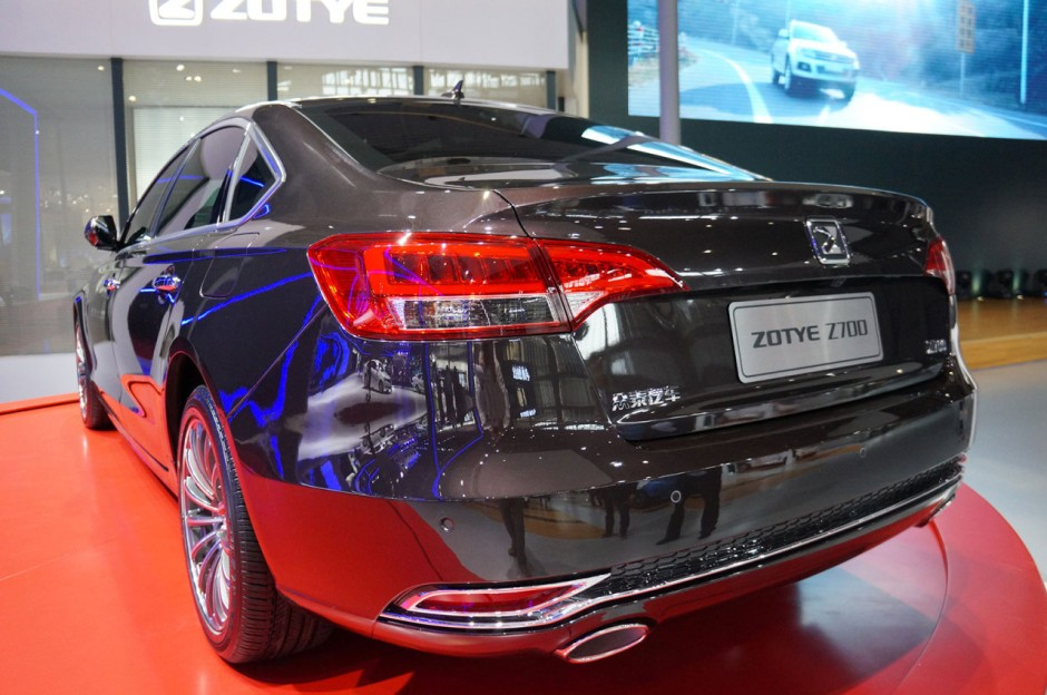 Salon de shanghai 2015 zotye z700 l 39 audi a6 chinoise for Salon de auto 2015