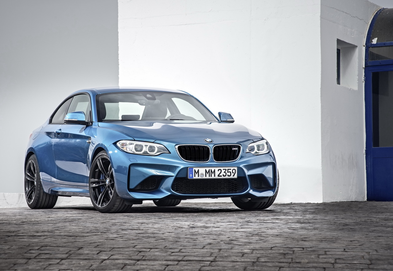 prix bmw m2 coup 2016 370 ch pour 61 750 euros l 39 argus. Black Bedroom Furniture Sets. Home Design Ideas