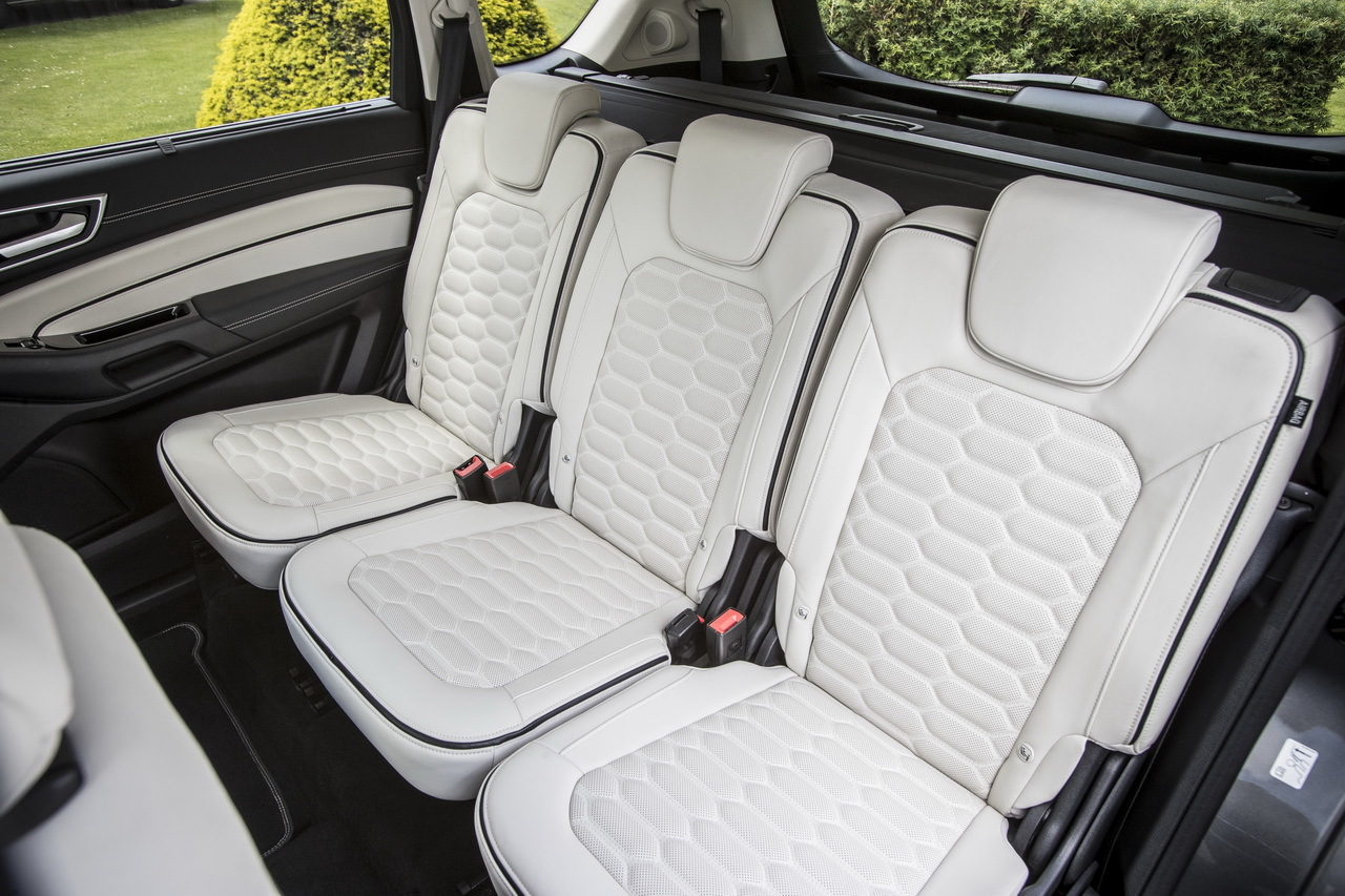 ford c max 1 6 tdci 115 titanium 2012 tracteur routier occasion renault. Black Bedroom Furniture Sets. Home Design Ideas