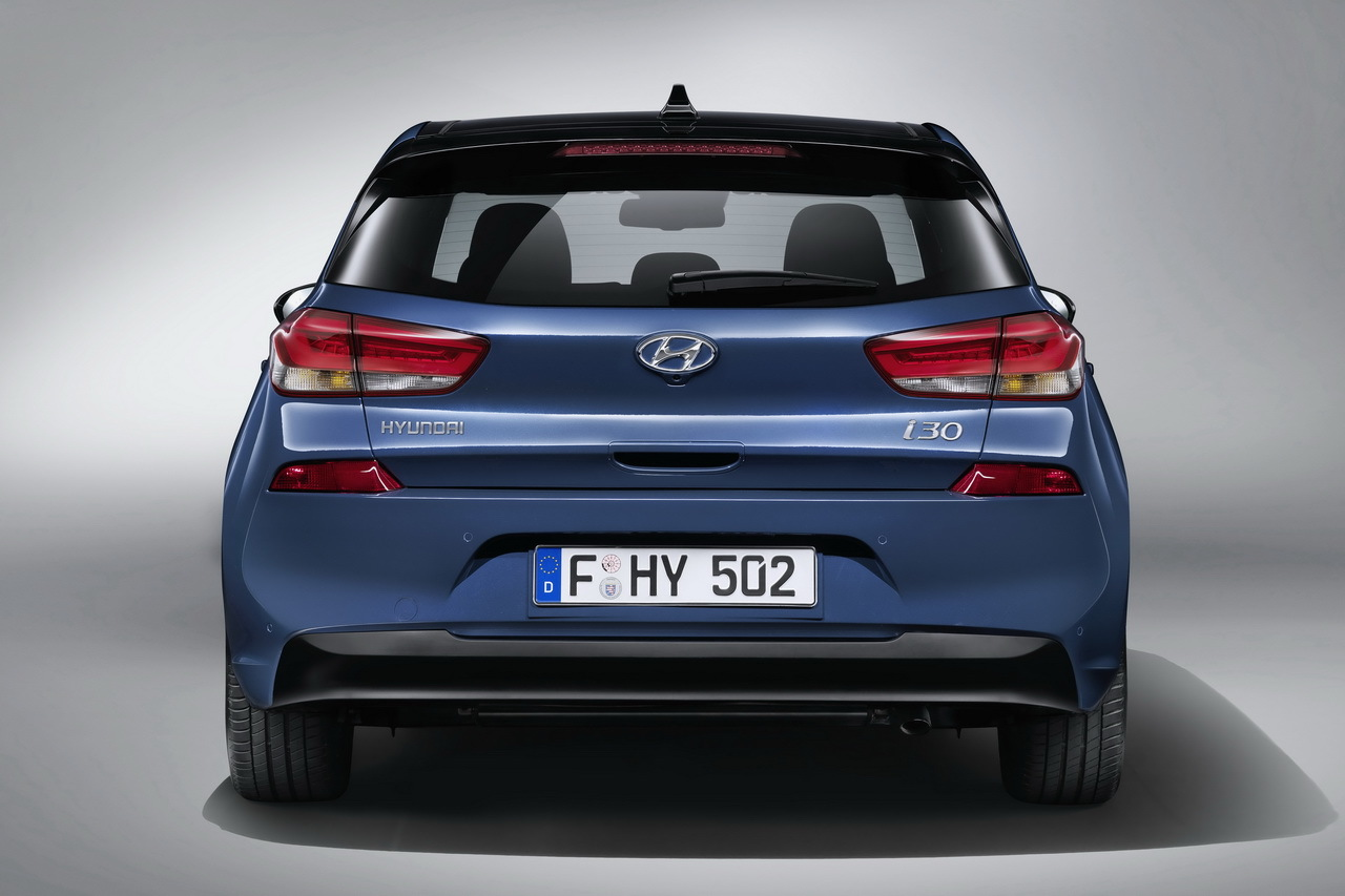 hyundai i30 2016 infos photos et vid o de la nouvelle i30 photo 17 l 39 argus. Black Bedroom Furniture Sets. Home Design Ideas