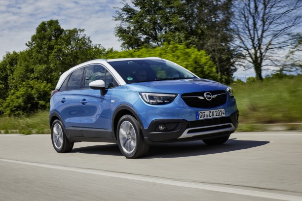 essai opel crossland x 1 2 turbo notre avis sur le nouveau crossland l 39 argus. Black Bedroom Furniture Sets. Home Design Ideas