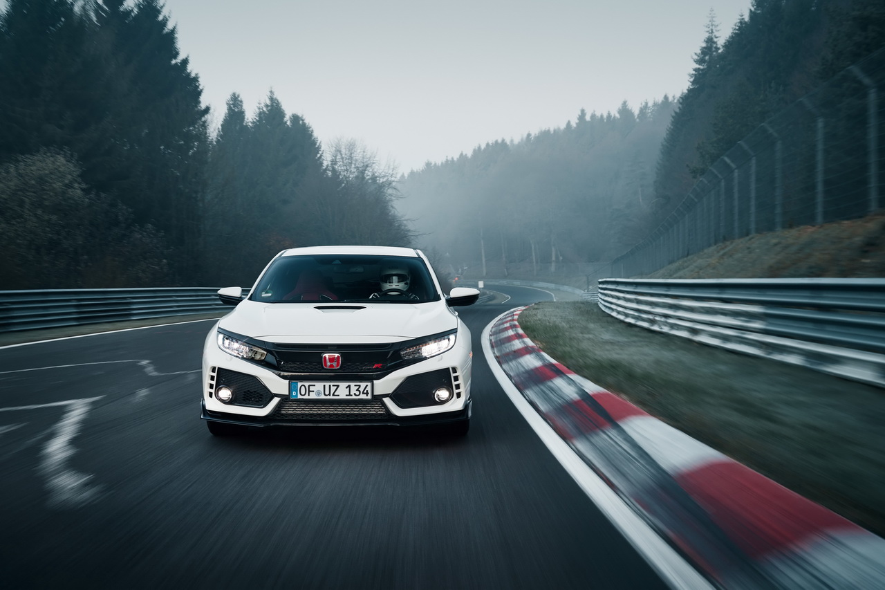 honda civic type r 2017 nouveau record sur le n rburgring vid o photo 1 l 39 argus. Black Bedroom Furniture Sets. Home Design Ideas