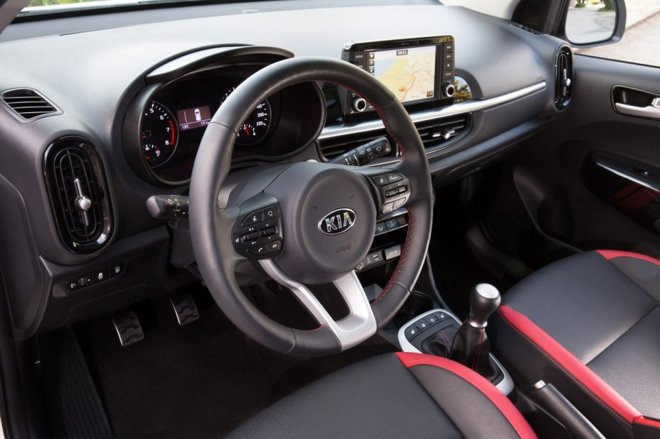 https://www.largus.fr/images/images/2017-kia-picanto-gt-line-53.jpg?width=940&quality=80
