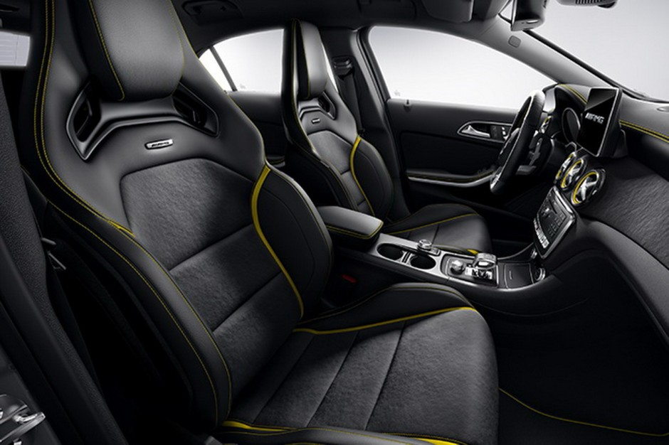 mercedes a 45 amg et cla 45 amg s rie sp ciale yellow night edition photo 3 l 39 argus. Black Bedroom Furniture Sets. Home Design Ideas