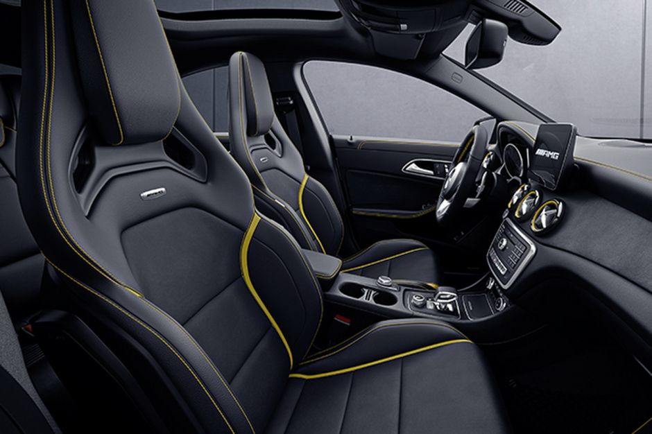 mercedes a 45 amg et cla 45 amg s rie sp ciale yellow night edition photo 6 l 39 argus. Black Bedroom Furniture Sets. Home Design Ideas