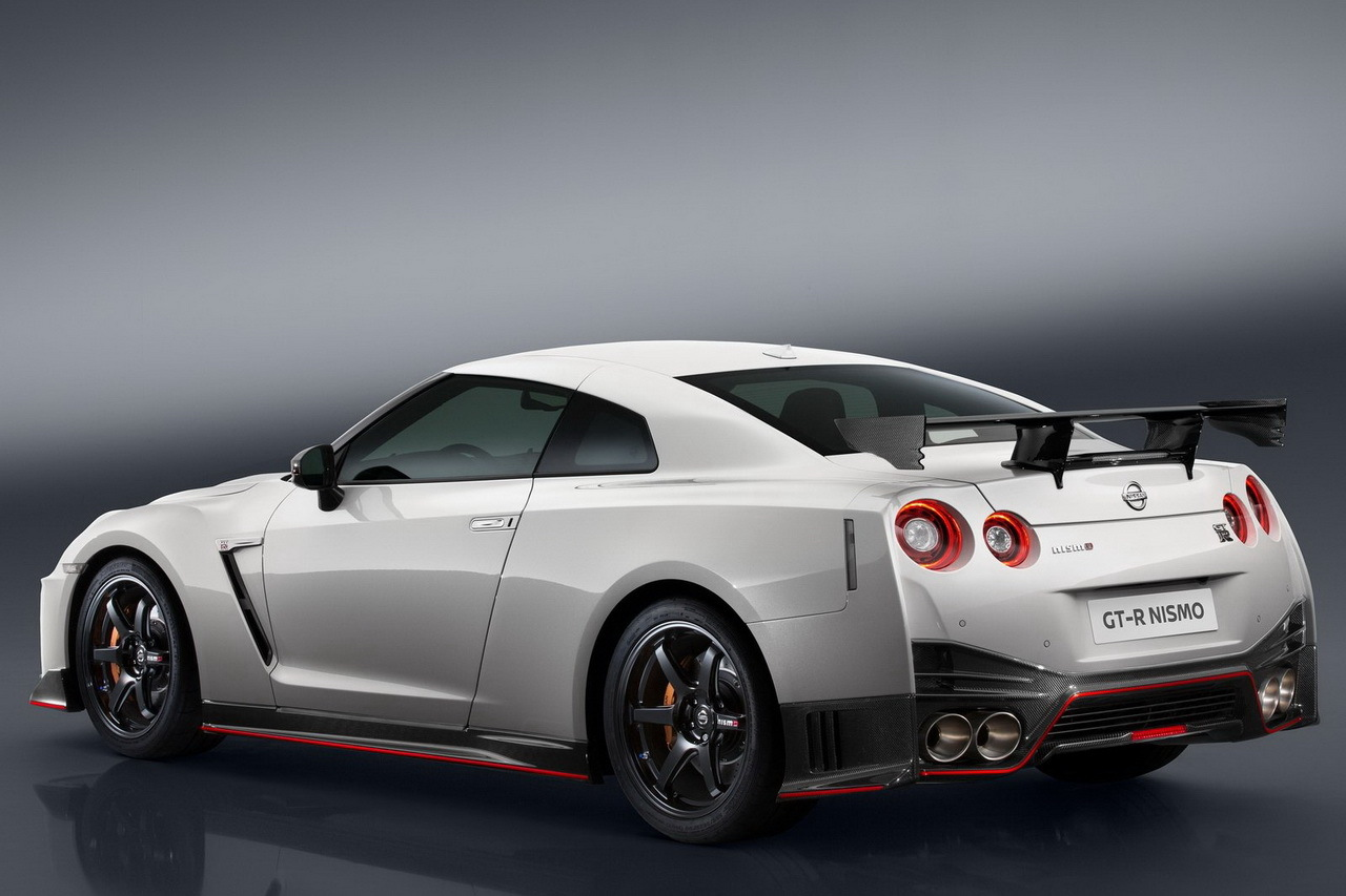 prix nissan gt r nismo 2016 plus de 180 000 euros photo 2 l 39 argus. Black Bedroom Furniture Sets. Home Design Ideas