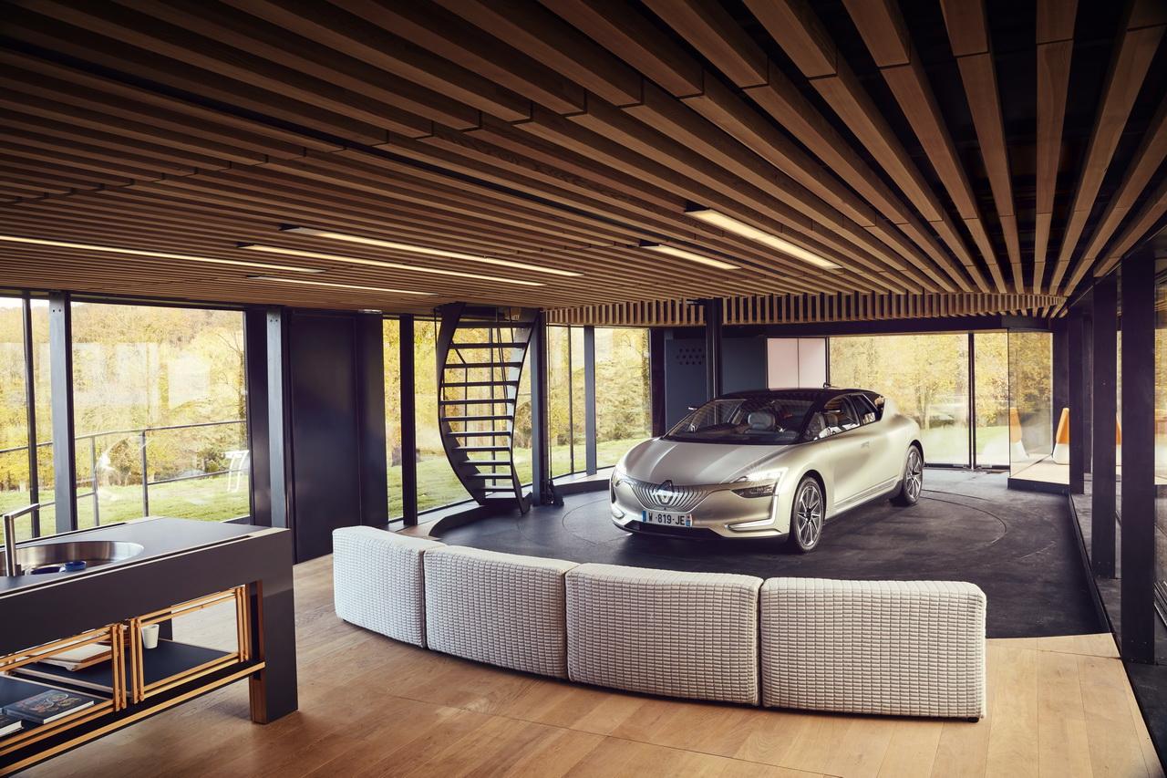 voiture autonome sans les mains au volant du renault symbioz vid o photo 17 l 39 argus. Black Bedroom Furniture Sets. Home Design Ideas