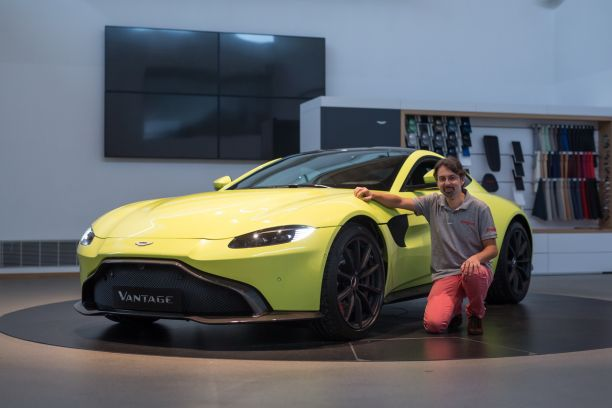 aston martin vantage 2018 les photos infos et vid o officielles l 39 argus. Black Bedroom Furniture Sets. Home Design Ideas