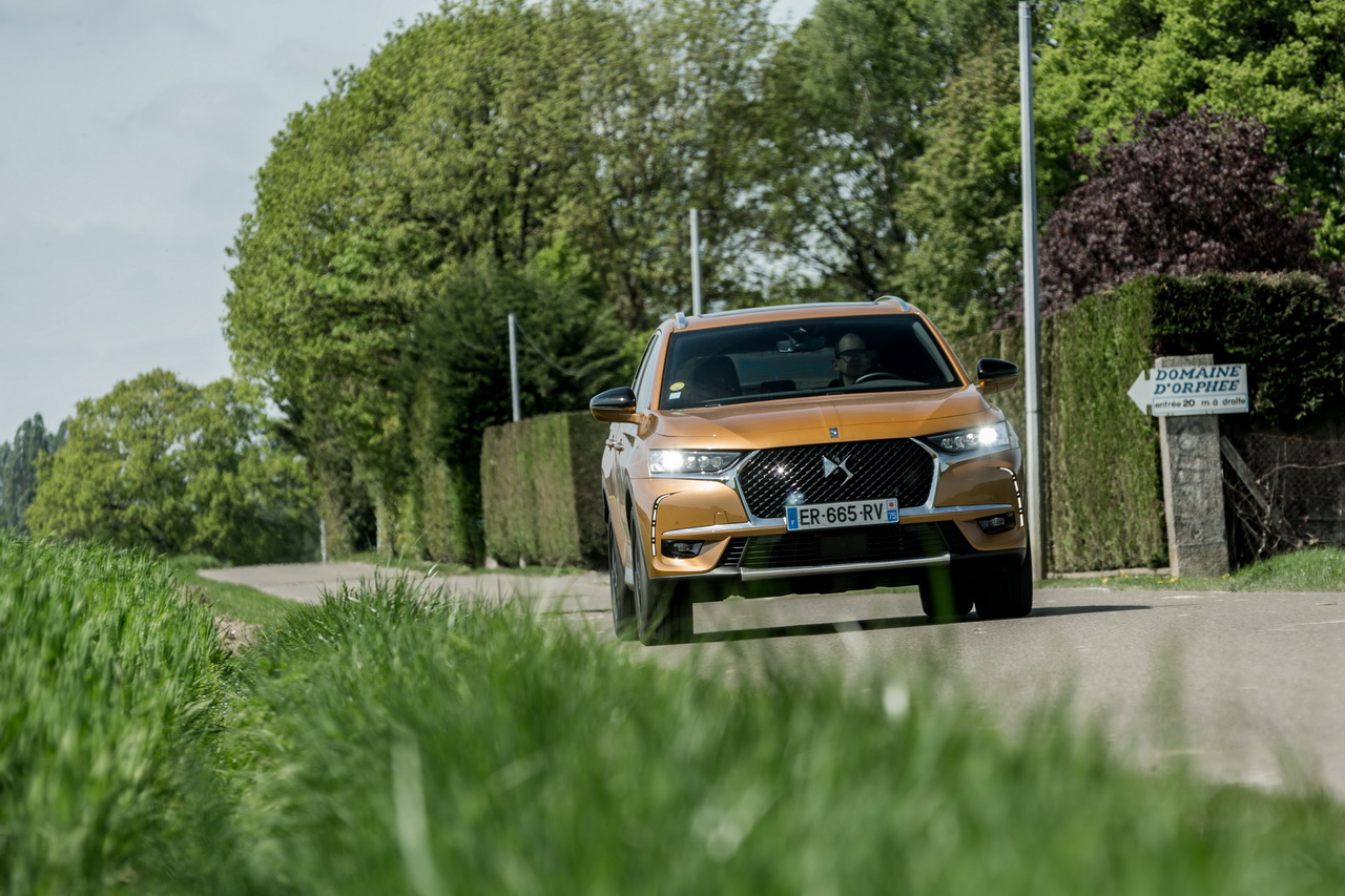 essai comparatif le ds7 crossback affronte le renault espace 5 photo 10 l 39 argus. Black Bedroom Furniture Sets. Home Design Ideas
