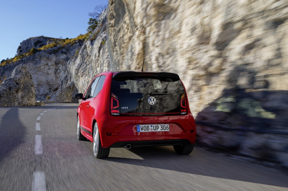 essai volkswagen up gti 2018 notre avis sur la nouvelle petite gti photo 20 l 39 argus. Black Bedroom Furniture Sets. Home Design Ideas