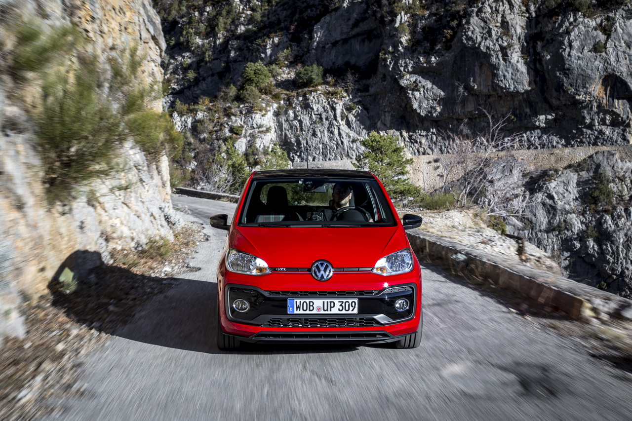 essai volkswagen up gti 2018 notre avis sur la nouvelle petite gti photo 43 l 39 argus. Black Bedroom Furniture Sets. Home Design Ideas